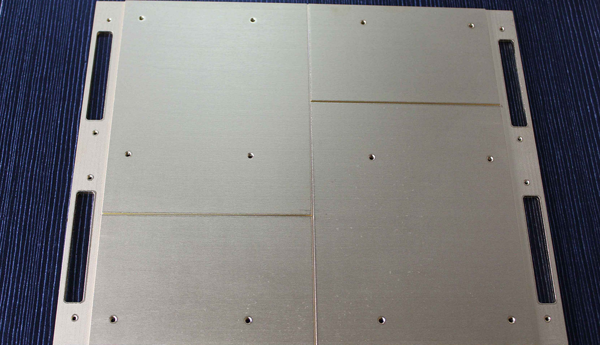 Laser and CT equipment heat dissipation plate